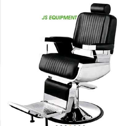 VIP Barber Chair image 1