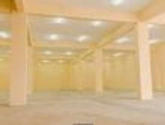 799 m² warehouse for rent in Imara Daima image 5