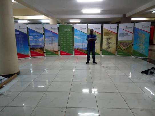Rollup Banners and Teardrop Banners