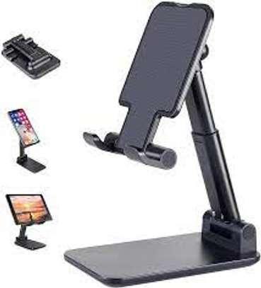 Adjustable phone holde image 1