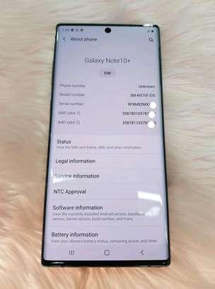 Samsung Galaxy Note 10 Plus 512 Gigabytes Gold image 3