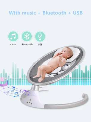 Electric rocking chair/high quality baby sleeping swing image 3