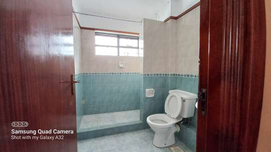 4 bedroom townhouse for rent in Brookside image 9