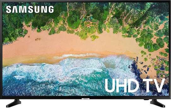 Samsung 75 inches Smart 75TU8000 Digital UHD-4K TVs image 2