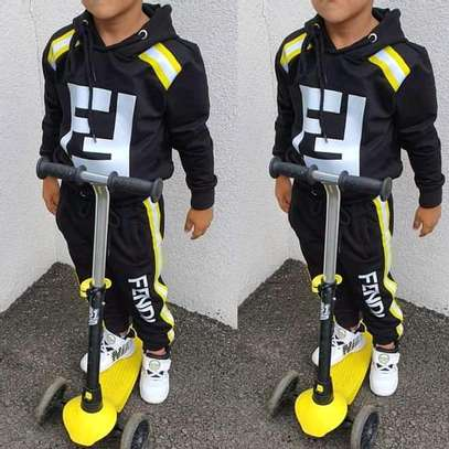 2 piece kid's FENDI set image 1