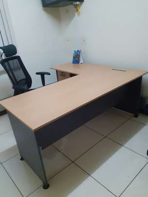 L-Shaped Executive Desk 1.6Meter Ksh. 23,500.00 With Free Delivery image 7