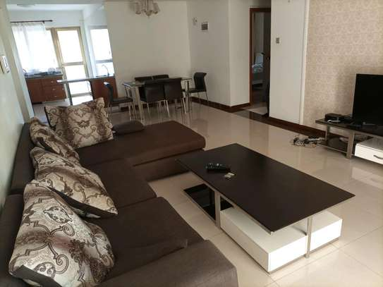 Romantic fully furnished 2 bedrooms to let at kilimani image 1