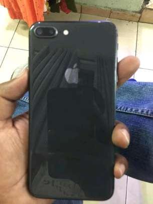 iphone 8plus 64GB image 4