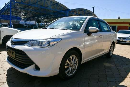 Toyota Axio image 3