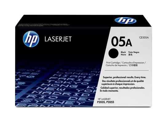 HP 05A Black Original LaserJet Toner Cartridge (CE505A) image 3