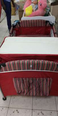 Baby Playpen Baby Crib Baby Bed with Changing Table - Red image 2
