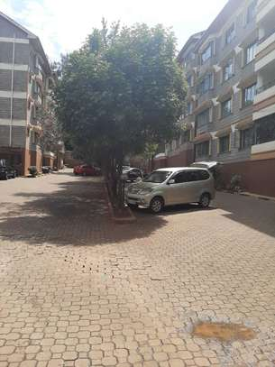 Lovely 4 Bedrooms + Dsq Apartments In Westlands image 11