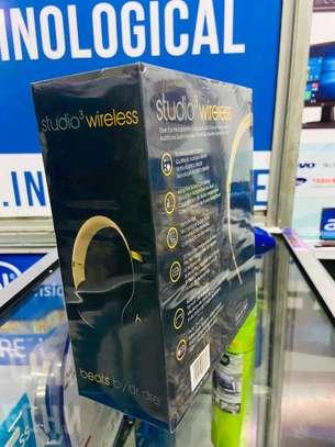 Beats Studio Wireless Headphone image 3