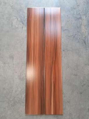WOOD PRINT TILES image 3