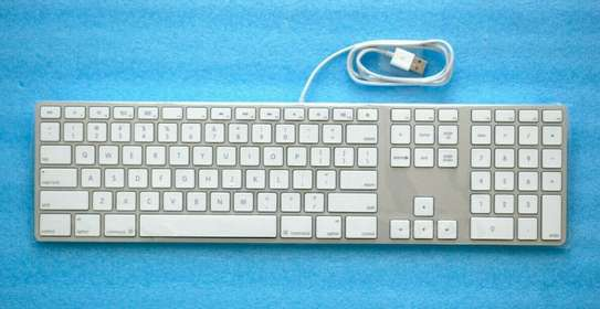 Wired Keyboard with Numeric Keypad image 1