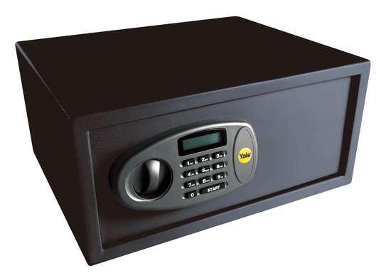 Yale SFT-35EDL Laptop Digital Safe image 1