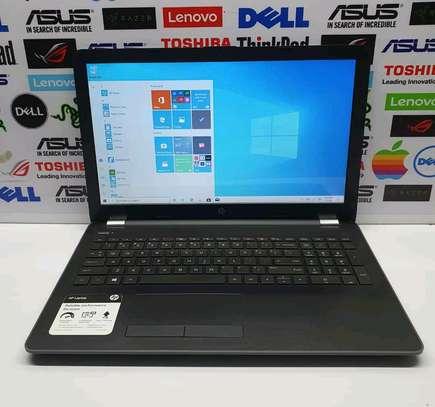 Hp Notebook 15/AMD A12/Touchscreen/2gb Radeon image 1