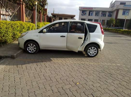Nissan Note 2009 model on quick sale image 2