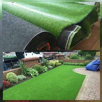 Artificial Tuff grass capert image 1