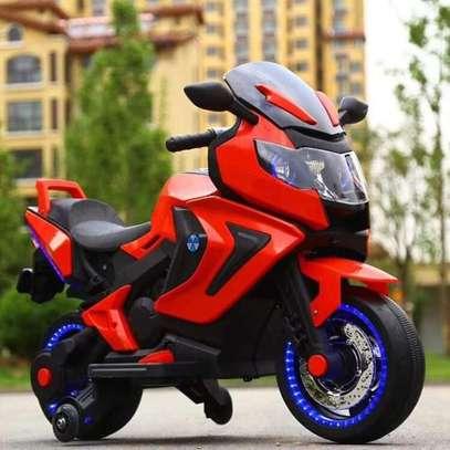 Electric BMW kids motorbike image 1