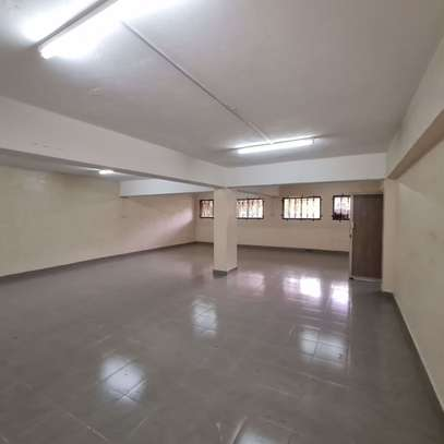 464 m² office for rent in Kilimani image 4