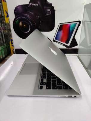 "Macbook Air 13"" 2015 model core i7 256ssd hard disk 8gb ram 2.2Ghz image 2"