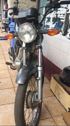 SUZUKI MOTOR BIKE image 3