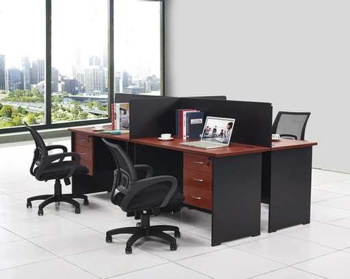 4 way executive work station. 3.0m x 1.5m in Red Apple image 1