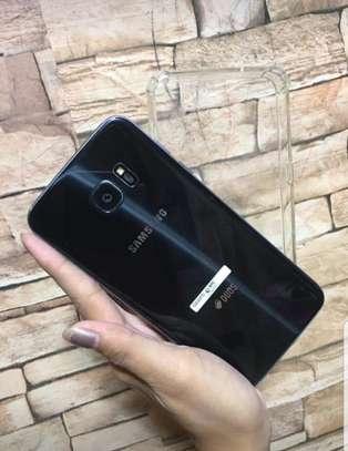 Samsung s7 Edge image 2