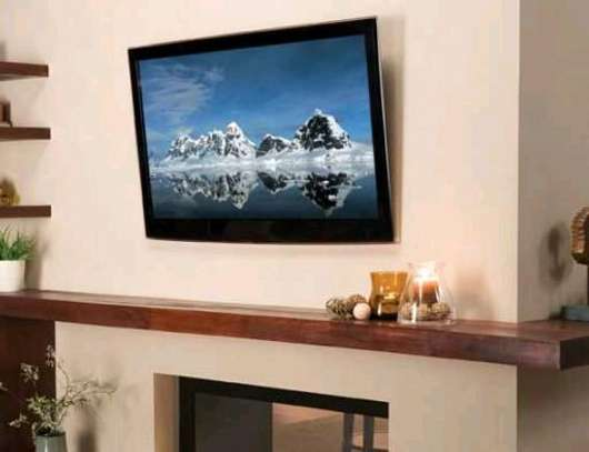 All flat screen TV wall mount
