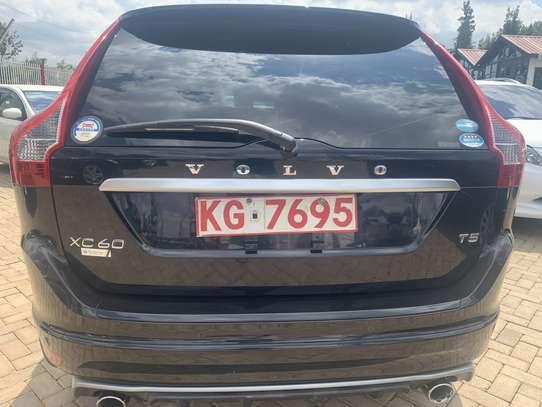 Volvo XC60 image 14