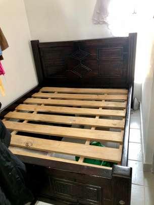 Quicksale 5*6 Mahogany Bed With Headboard Free Matress image 2