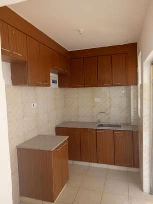 2 bedroom apartment for rent in Mombasa Road image 7