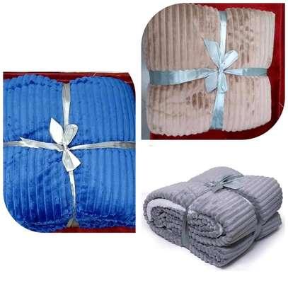 Super warm fleece blankets image 2
