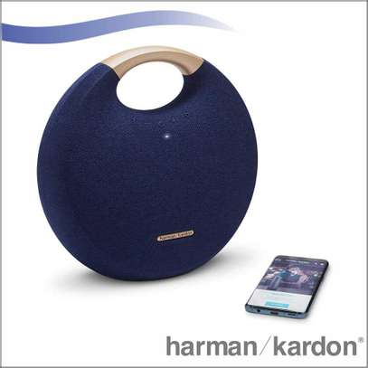 Harman Kardon Onyx Studio 5 Bluetooth speaker image 1