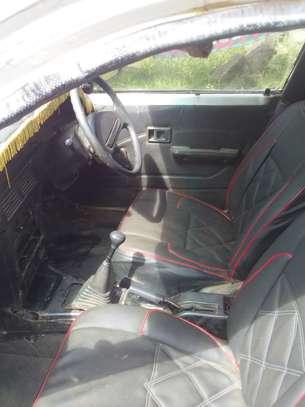 Toyota corolla image 4