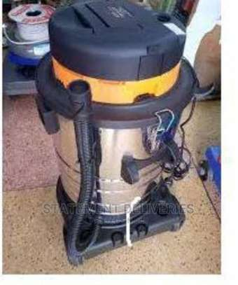 Stainless 40 Litres Vacuum Cleaner image 1