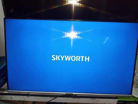 "32"" skyworth smart Android frameless HD TV image 1"