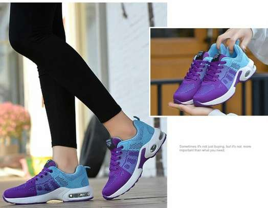 Comfy fashion sneakers image 1