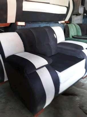 Jumbo seat image 1