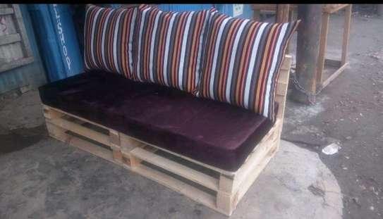 3 seater pallet sofa/pallet sofa/pallet furniture image 2