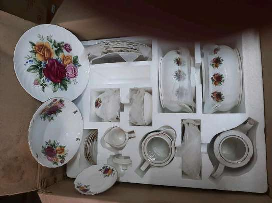 71pc dinner set/Dinner set image 3