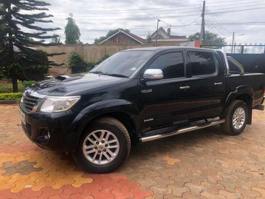 Toyota Hilux FOR HIRE 10k per day image 1