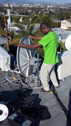 Looking for a DSTV installation /TV mounting/DSTV Repair? image 9