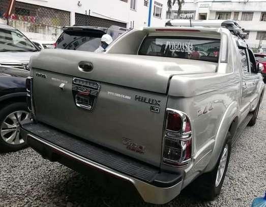 Toyota Hilux 2.5 D-4D image 4