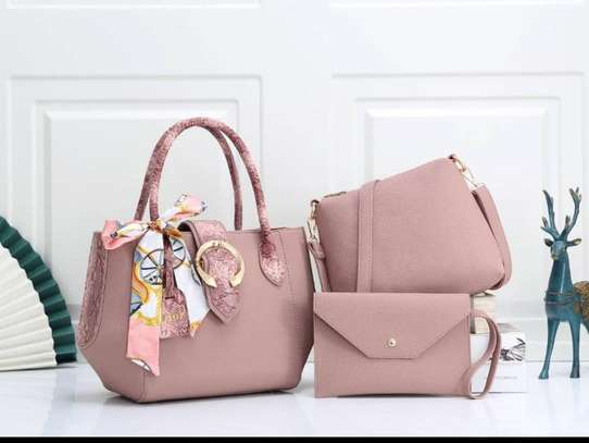 3 in one New fashion and beautiful handbag image 1