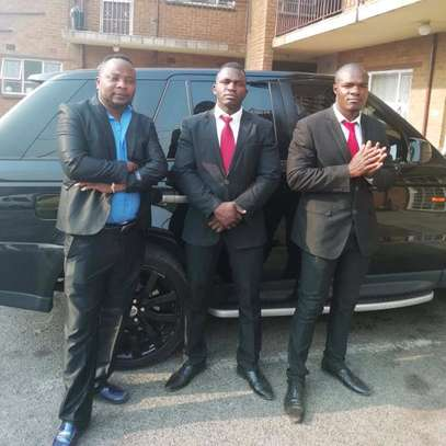Highly Trained & Vetted Professionals/Private Chauffeurs & Bodyguards image 1