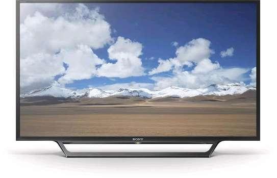 Sony  - 32 Smart HD LED TV - Black.. image 1