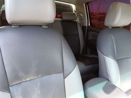 TOYOTA HILUX 4/4 DOUBLE CAB 2012 image 8