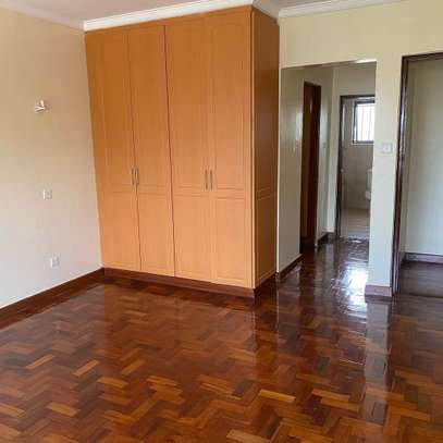 Smart and clean 3 bedroom apartment all ensuite image 5